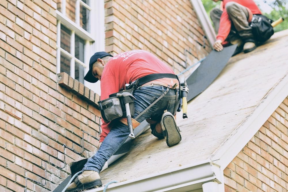 5 Critical Questions to Ask Before Hiring A Roofing Contractor